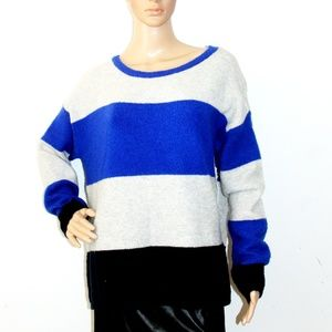 NWT Color block Wool Blend Crew Neck Sweater